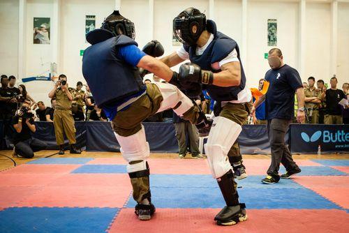 Krav-maga-1-fighting
